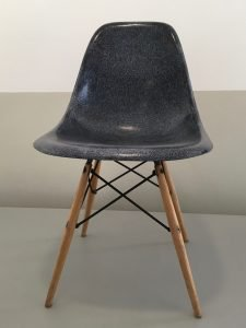 Charles and Ray Eames - Bucket chair DSR